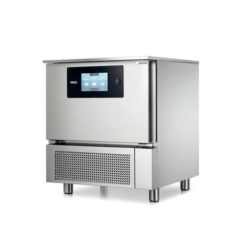 Multif. šoker / nízkoteplotná rúra, 5xGN1/1, INFINITY-0511