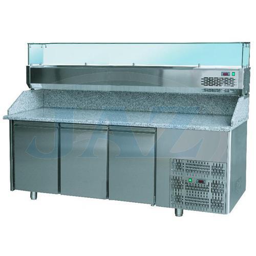 St�l pizza, 3 x dvere, s chlad. vitr�nkou 9xGN1/4, SCHP 3D