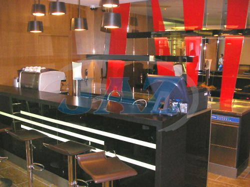 Hotel MIKADO Nitra - kuchyňa + bar