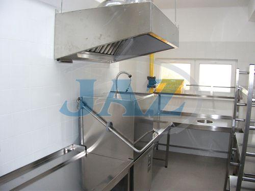 ZŠ Holubyho, Piešťany - kuchyňa + výdaj
